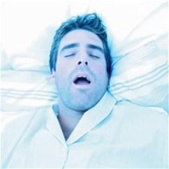 Сон и храп: причины, риски, решения