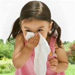Почему дети страдают от аллергии?